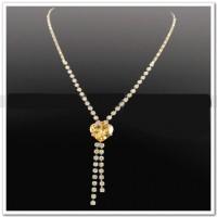 """Ожерелье золотое с фианитом  """"Ювелирный галстук"""""""