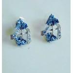 Нежные серьги с голубыми камнями