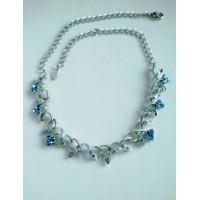 Нежное серебристое  ожерелье, колье   с голубыми камнями