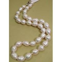 Бусы  жемчужные, жемчуг белый натуральный,  форма  бочонок, 47см,  размер  бусин - 0,9х1,25см