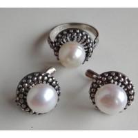 Набор, серьги и кольцо из  белого жемчуга в серебре, жемчуг натуральный
