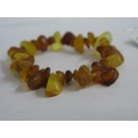 Браслет  из янтаря медового  на резинке,   натуральный камень