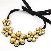 """Колье - ожерелье на шею с золотистыми камнями """"Цветы"""""""