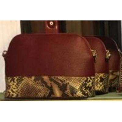 Женская сумка  кожаная под рептилию, кросс-боди бордо